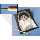 Carte à gratter avec brosse ou plume métallique