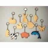 Ensemble 10 porte-clés bois à décorer